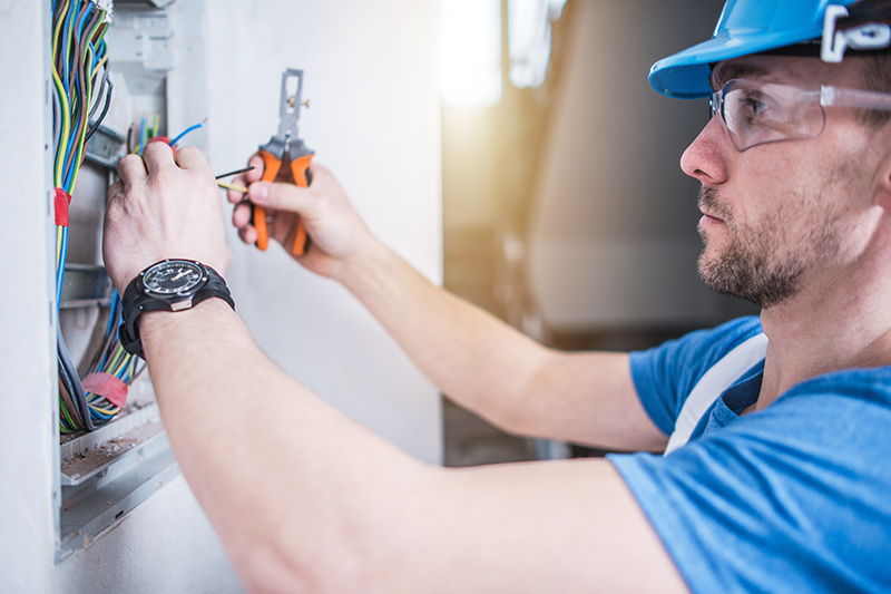 Electrician Qualifications in Crawley West Sussex