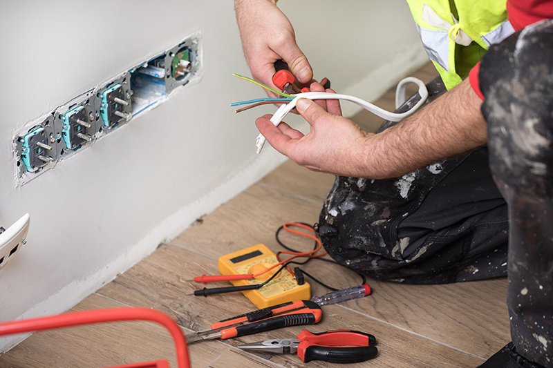Emergency Electrician in Crawley West Sussex
