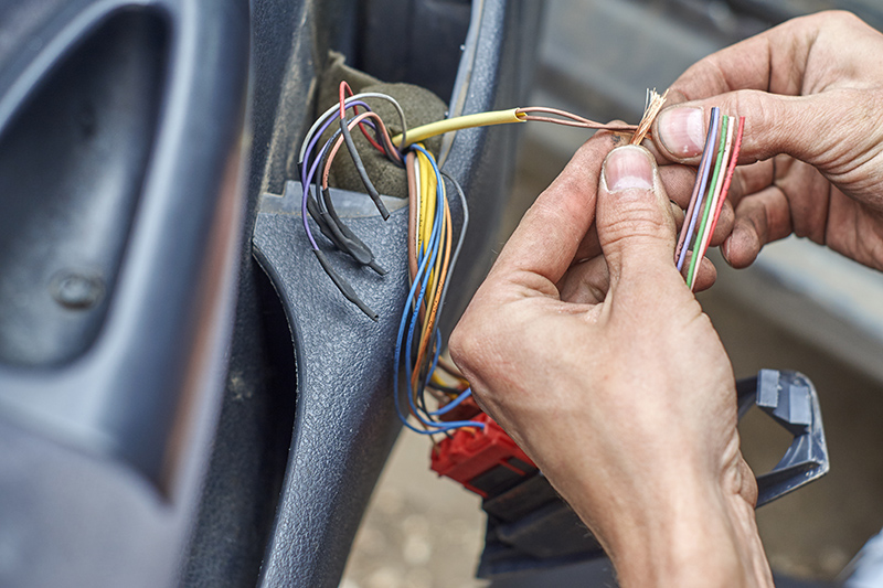 Mobile Auto Electrician Near Me in Crawley West Sussex